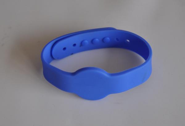 GMK245 硅胶手腕带